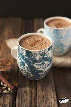 www.seray.com Dostlarla içilen kahve neşedir. Kahkahalar köpüklerin üzerinde yüzer. Güzel bir gün geçirmeniz dileği ile Seray Mobilya..