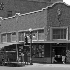 History Adventuring: Walgreens in downtown Phoenix in 1933