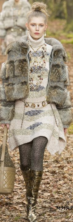 Chanel Fall 2018 RTW_vogue.com/fashion-show