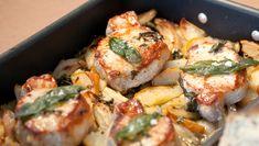 Svinekoteletter med pærer og salvie Frisk, Different Recipes, Food Inspiration, Food Porn, Cooking Recipes, Meat, Chicken, Food Recipes, Chef Recipes