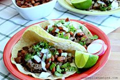 Why would you make your own authentic Mexican street tacos at home? And the answer is: why not! Homemade Tortilla Chips, Homemade Tortillas, Mexican Tacos, Mexican Night, Restaurant Steak, Eating Tacos, How To Make Taco, Street Tacos, Mexican Food Recipes