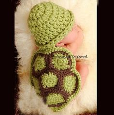 Baby Girl Boy Infant Crochet Turtle Beanie Hat di DressedToDrool