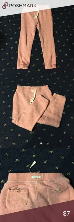 Toddler Sweats💅🏼 adorable little sweats from Gap... They are made out of the softest material, I want a pair for myself. These would be so comfortable for any toddler and perfect for play dates. They are in near perfect condition so make me an offer if you are interested! Comment with any questions and be sure to check me closet for new listings everyday! Happy poshing everyone ❤️😘 GAP Bottoms Sweatpants & Joggers