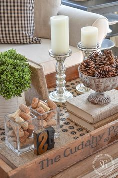 Transitional Home Decor - How Do You Select Accessories For a Room Designed in the Transitional StylE - Transitional Decor - Coffee Table Vignettes, Fall Vignettes, Coffee Table Styling, Decorating Coffee Tables, Decoration Table, Tray Decor, Transitional Home Decor, Deco Table, Cool Diy Projects