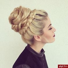 30 Gorgeous Braided Hairstyle Ideas For A Romantic Date