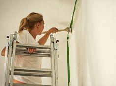 DIY-Anleitung: Wie streiche ich eine Wand richtig? via DaWanda.com