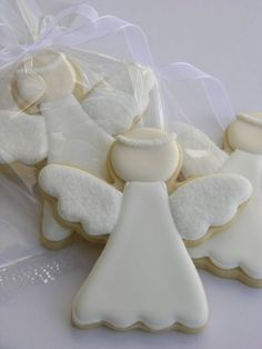 Galleta Decorada de Ángel con Alas de Azúcar Biscuits Décorés, Cute Cookies, Cupcake Cookies, Brioche, Frosted Cookies, Decorated Cookies, Iced Cookies, Angel Cookies, Christening Cookies
