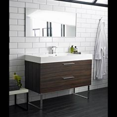 1000 images about badkamer on pinterest tile met and bathroom - Kleur modern toilet ...