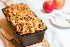 Easy Cake : Delicious bread pudding with apple, Baking Recipes, Snack Recipes, Dessert Recipes, Breakfast Snacks, Breakfast Recipes, Bread Pudding With Apples, Best Banana Bread, Apple Bread, Food Cravings