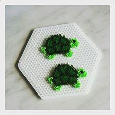 EMBROIDERY – CROSS-STITCH / BORDERIE / BORDUURWERK – TURTLE / TORTUE / SCHILDPAD - Turtles perler beads by snm165