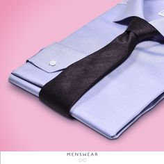 Skjorter i 100% bomull i de fineste Italienske kvaliteter fra Viero Milano. Kr. 795,- Kjøper du 3 eller fler får du 100,- i rabatt pr. skjorte! www.menswear.no Photo: @katyadonic #menswear_no #menswear #oslo#tjuvholmen #lysaker #bogstadveien#hegdehaugsveien #skjorte #perlemor#viero #jobb #fest #shirt #suitup#motherofpearl #buttons