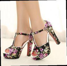 44.65$  Buy here - http://ali1au.worldwells.pw/go.php?t=1992819030 - New style women sandal pumps fashion Retro print Bohemia high heels sandalias femininas Sandales femmes shoes size