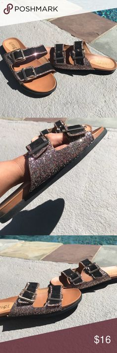 Multicolor glitter sandals🌟🌟 These are so fabulous!! Make a statement with any basic outfit so cute new in box Shoes Sandals