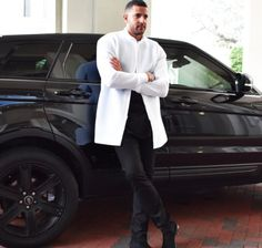 Fall Collection : Our Sleek White Elongated bomber jacket matches flawlessly with the luxurious #rangerover ▪️www.oceanrebel.net▪️#ocean #rebel #black #white #fashionblogger #fashion #fashionista #fashionable #street #streetstyle #streetphotography #styles #style #stylish #blogger #blog #fashionweek #gq #coffee #la #nyc #instagood