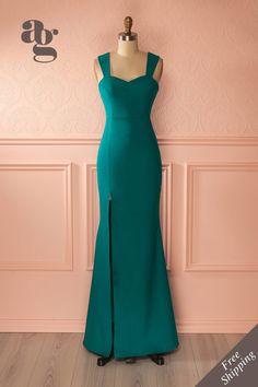 Robe de soirée bleu vert à fente latérale - Blue green gown with slit