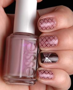 Girly nail art <3