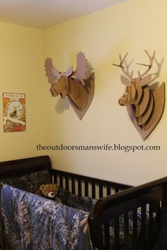 The Outdoorsman's Wife: How I Made the Cardboard Taxidermy  So Cool!