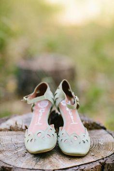 18 Charming   Elegant Laser Cut Wedding Shoes | http://www.deerpearlflowers.com/elegant-laser-cut-wedding-shoes/