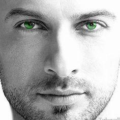 Eyes, eyes, eyes...
