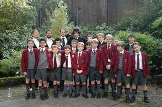 sigur rós with boys choir Grey School Shorts, Boy Shorts, Boys Uniforms, School Uniforms, School Uniform Fashion, School Outfits, Sigur Ros, Skater Boys, School Boy