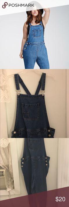 Forever 21 Classic Denim Overalls (Plus Size 2X) Forever 21 Classic Denim Blue Overalls Forever 21 Jeans Overalls