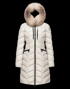 93f9468b1d8e 46 Best Moncler Dame images in 2019