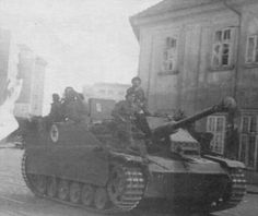 Romanian Army in Czechoslovakia fighting as allies of the Red Army, Stug.III 1945 - pin by Paolo Marzioli Panzer Iii, Army Vehicles, World Of Tanks, Red Army, German Army, Armed Forces, World War Ii, Wwii, Germany