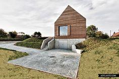 Summer House in Southern Burgenland // Judith Benzer Architektur | Afflante.com