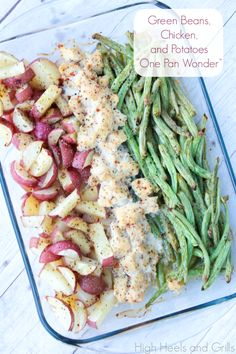 This dinner is delicious and is quite possibly the easiest dinner you'll ever make. #easy #recipe #chicken http://www.highheelsandgrills.com/2013/09/green-beans-chicken-and-potatoes-one.html