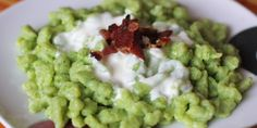 Spinach gnocchi with sheep cheese - Tinkine recipes - Spinach gnocchi with sheep cheese – Tinkine recipes - Sheep Cheese, Gnocchi, Guacamole, Free Food, Spinach, Food And Drink, Healthy Recipes, Healthy Food, Free Recipes