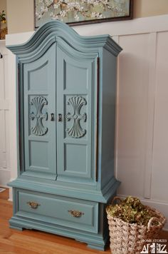 How to paint an armoire. Painted blue armoire in Mustard Seed  Kitchen Scale milk paint by @Beth Nativ Hunter    {before & after}