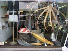 Husk Collection gold leaf palm pods