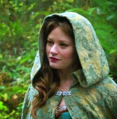 Once Upon a Time Belle | Once Upon a Time Belle's Traveling Cape!