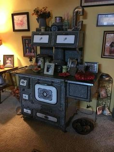 Dollhouse Furniture, Oven, Outdoor Decor, Home Decor, Ovens, Interior Design, Home Interior Design, Home Decoration, Decoration Home