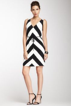 Black and white Silk Dress... #rally #chevron https://www.facebook.com/dazzlemedeals