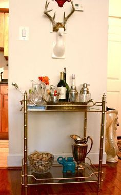 OBSESSED with vintage bar carts - I want one!