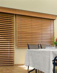 Persianas de Madera, Venecianas de Madera Cortinadecor. Da calidez a tu hogar con este modelo de cortina y calcula tu presupuesto en http://www.cortinadecor.com/productos/2247/venecianas-madera/venecianas-de-madera-natural-cortinadecor