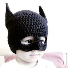 tutorial gorro de batman a crochet o ganchillo - Batman Clothing - Ideas of Batman Clothing - tutorial gorro de batman a crochet o ganchillo Crochet Kids Hats, Crochet Beanie, Crochet Animals, Crochet Clothes, Crochet Toys, Knitted Hats, Knit Crochet, Free Crochet, Crochet Batman