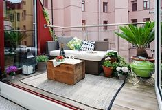 Best Small deck designs ideas that you can make at home! small deck ideas on a budget, small deck ideas decorating, small deck ideas porch design, small deck ideas with stairs Small Outdoor Patios, Small Patio, Outdoor Spaces, Outdoor Decor, Outdoor Lounge, Outdoor Living, Outdoor Balcony, Outdoor Carpet, Small Balcony Design