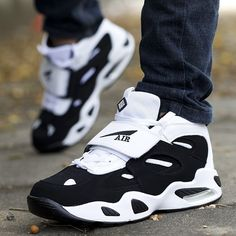 Running Sneakers For Men And Women Air Cushion Casual Man Woman Basketball Sports Shoes Mens Fashion Shoes, Nike Fashion, Sneakers Fashion, Cute Shoes, Men's Shoes, Shoes Sneakers, Womens Golf Shoes, Womens Shoes Wedges, Shoes Women