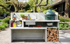 Concrete outdoor kitchen Cabin series - Experience Green Egg, the Big Green Egg specialist. - Garden is too small for an outdoor kitchen, but nice to think of a nice place for the Kamado. Big Green Egg Outdoor Kitchen, Outdoor Kitchen Design, Backyard Kitchen, Mini Kitchen, Green Kitchen, Colonial Kitchen, Bbq Area, Outdoor Furniture Sets, Outdoor Decor