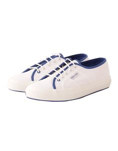 Maison Scotch Superga White with Blue Trim Canvas Pumps White Pumps, Canvas Sneakers, Lightweight Jacket, Off Duty, Superga, Trainers, Footwear, Wimbledon, Casual