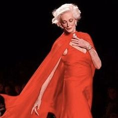 Runway's Oldest Model, Carmen Dell'Orefice, 81, Rocks Fashion Week