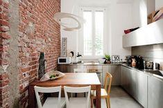 Interior design: Cristina Meschi. Styling: Marta Meda. Photo: Michele Morosi.