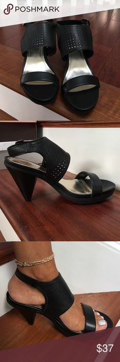 """Kenneth Cole Reaction """"Push Higher"""" Heels NIB Super Comfy black leather heels purchased from Macy's. Rubber soles for no slip walking! 4"""" heel with a 1"""" platform. Selling for my mom. Kenneth Cole Reaction Shoes Heels"""