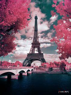 Candyland - Infrared shot in Paris