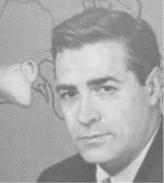 John H.T. Rambo ( Menlo 1915 🇺🇸 2016 New York City). Uno de los grandes cirujanos del oído medio. Formado en Boston y en Harvard, acaba trabajando con Julius Lampert en Mount Sinai durante muchos años donde desarrolla nuevas técnicas en cirugía middle-ear and mastoid, de la Timpanoplastia etc... En 1973 gana el campeonato de doctores de golf. Se retira en 1983. Fallece a los 101 años.