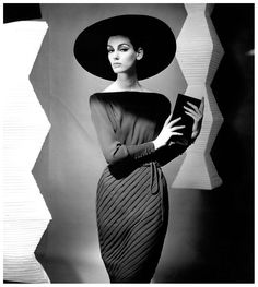 Judy Dent, dress by Heinz Oestergaard, photo by F.C. Gundlach, Berlin 1962