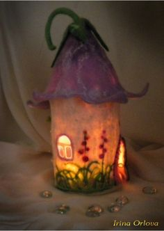 Felt Fairy House by Irina Orlova ♥ Felted Wool Crafts, Felt Crafts, Cool Diy Projects, Projects To Try, Felt House, Egg Carton Crafts, Christmas Love, Christmas Houses, Needle Felting Tutorials