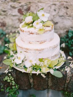 Spring wedding cake | Wedding & Party Ideas | 100 Layer Cake